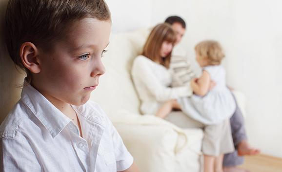 Kardeş Kıskançlığı Nasıl Önlenir?