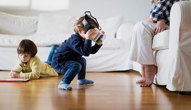 Çocuklar İlk Olarak İnternetle Neden ve Nasıl Tanışıyor?