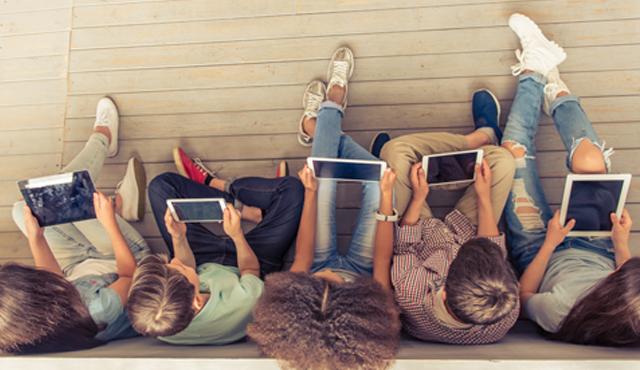 Çocuklar ve Ekran Zamanı - Dijital Oyun Seçerken Nelere Dikkat Edilmeli?