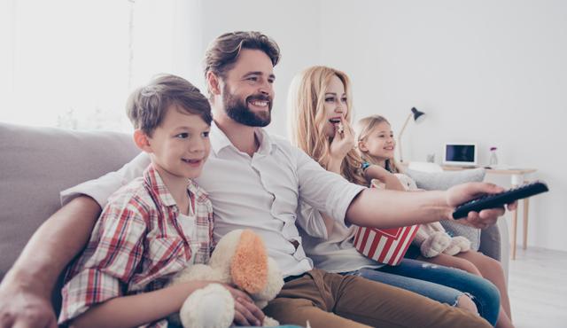Çocuklar ve Ekran Zamanı - Yetişkinlere Yönelik Programlar Çocuğu Nasıl Etkiler?